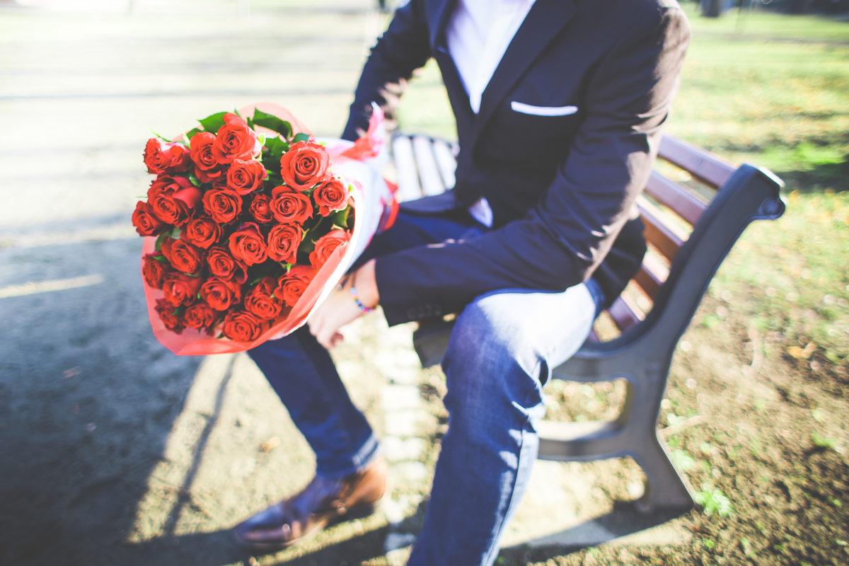 6 boja ruže – šta on misli kada vam pokloni buket