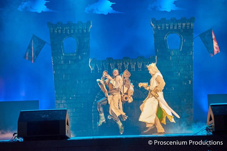 """Premijera mjuzikla """"Monti Pajton Spamalot"""": Ovacije za glumce i Nadu Macuru"""