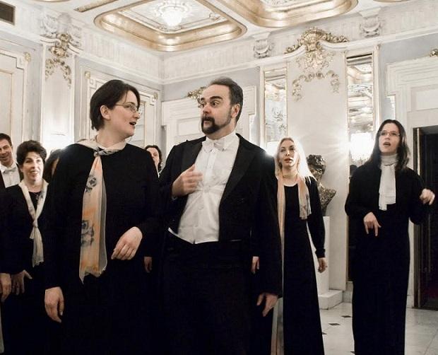Jelena Pavlović: Kako su se srele i zavolele opera i heklanje