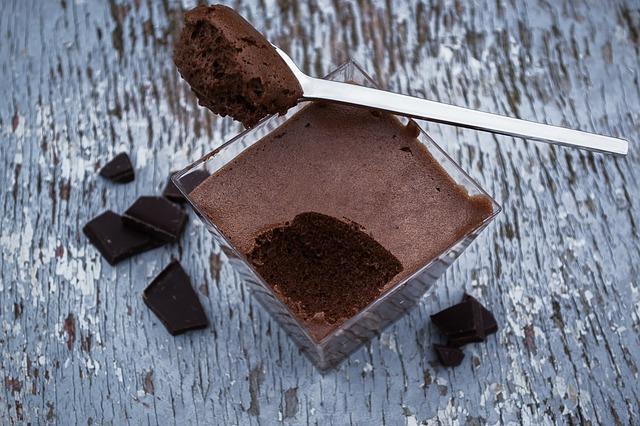 Dva sastojka i slatkiš: Napravite mus od vode i čokolade