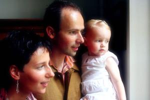 Sreća je u porodici, ljubavi, pažnji www.freeimages.com