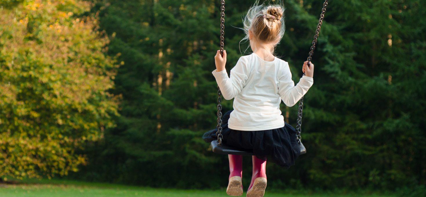 Danas je Svetski dan dece, brinimo o njima uvek