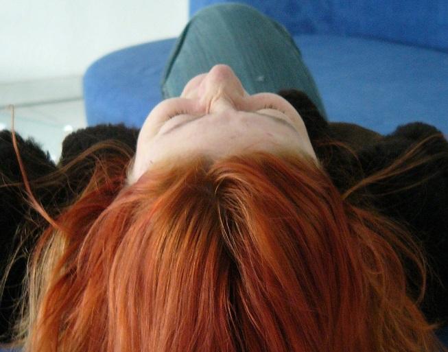 Regenerišite sami kosu posle leta. Evo kako!