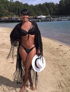 Elen na plaži Instagram