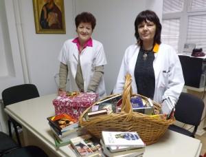 Lalica Sapardić i pomoćnik direktora dr Biljana Stojanović Foto: Zdravaiprava