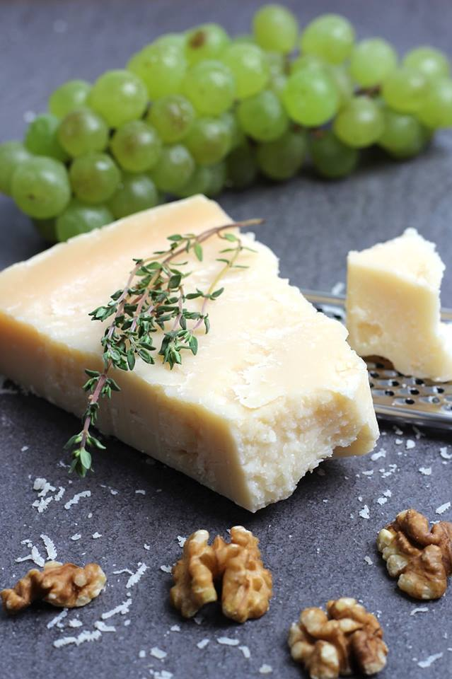 Parmezan, čudesni sir koji svim jelima daje poseban šmek