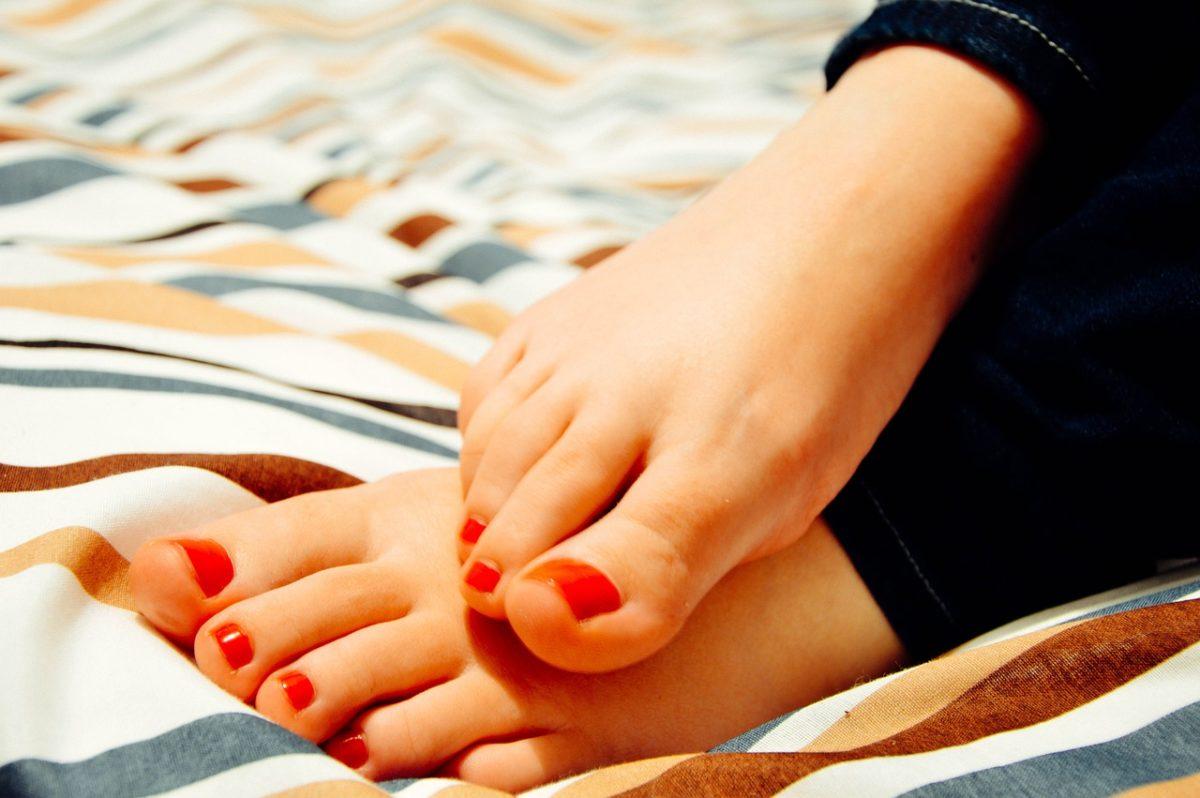 Soda bikarbona i puder najbolji u borbi protiv neprijatnih mirisa nogu