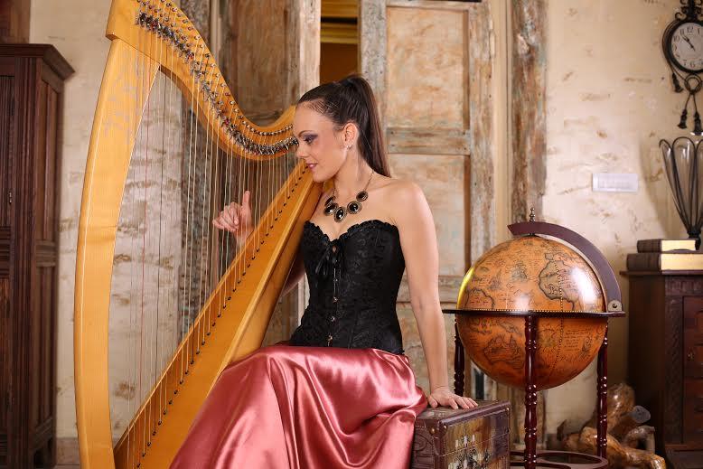 Željka Milošević: Zvuci harfe su najbolja antistres terapija