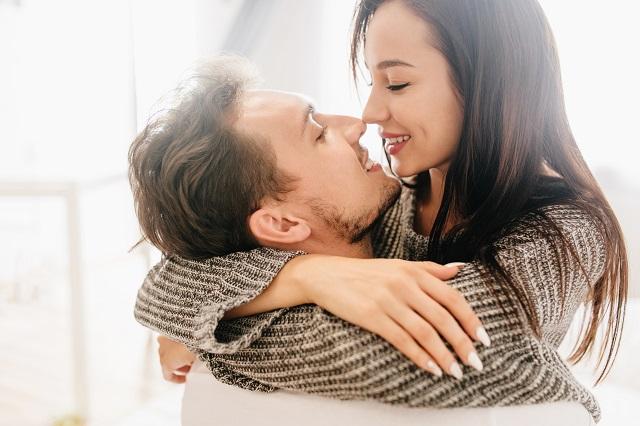 Stres, kalorije, intimnost: Evo zašto treba da se ljubite
