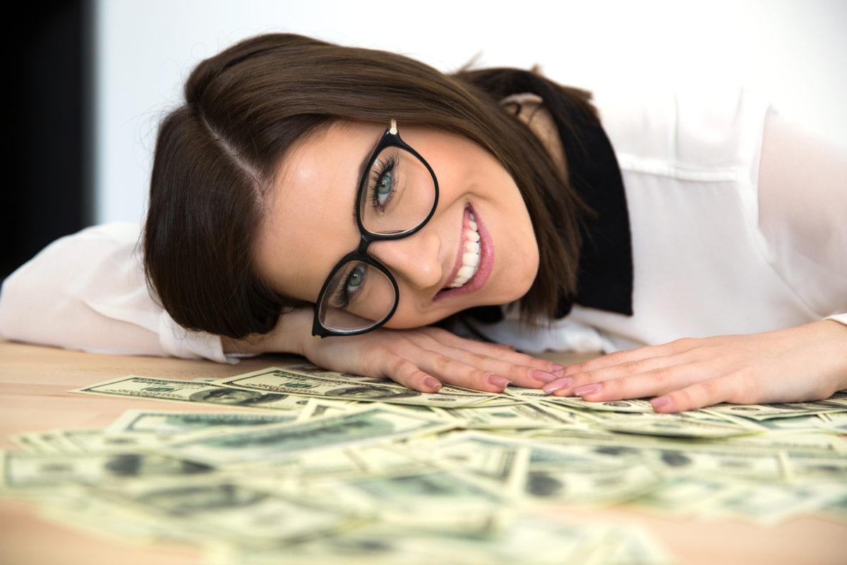 Novac iz astrološkog ugla: Rakovi od malih nogu štedljivi, Vage najviše troše