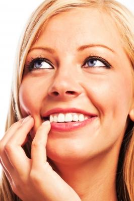 Šta otkrivaju ispucale usne?