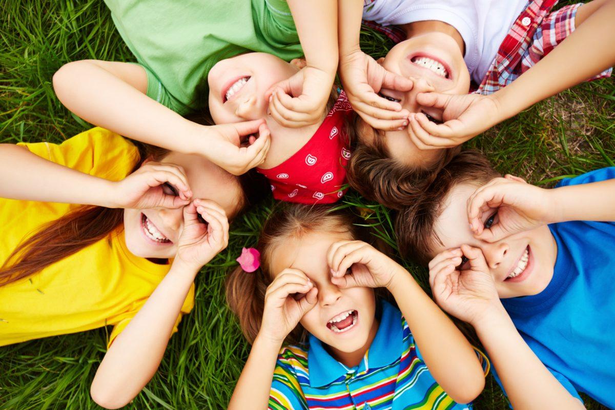 10 razloga zašto je igra u prirodi važna za decu