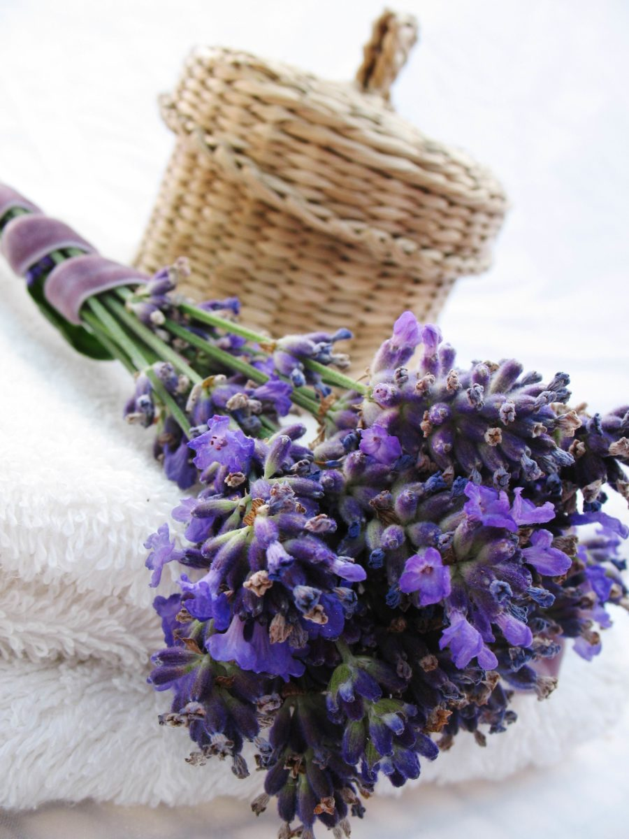 Aromaterapija pomaže kod simptoma u menopauzi