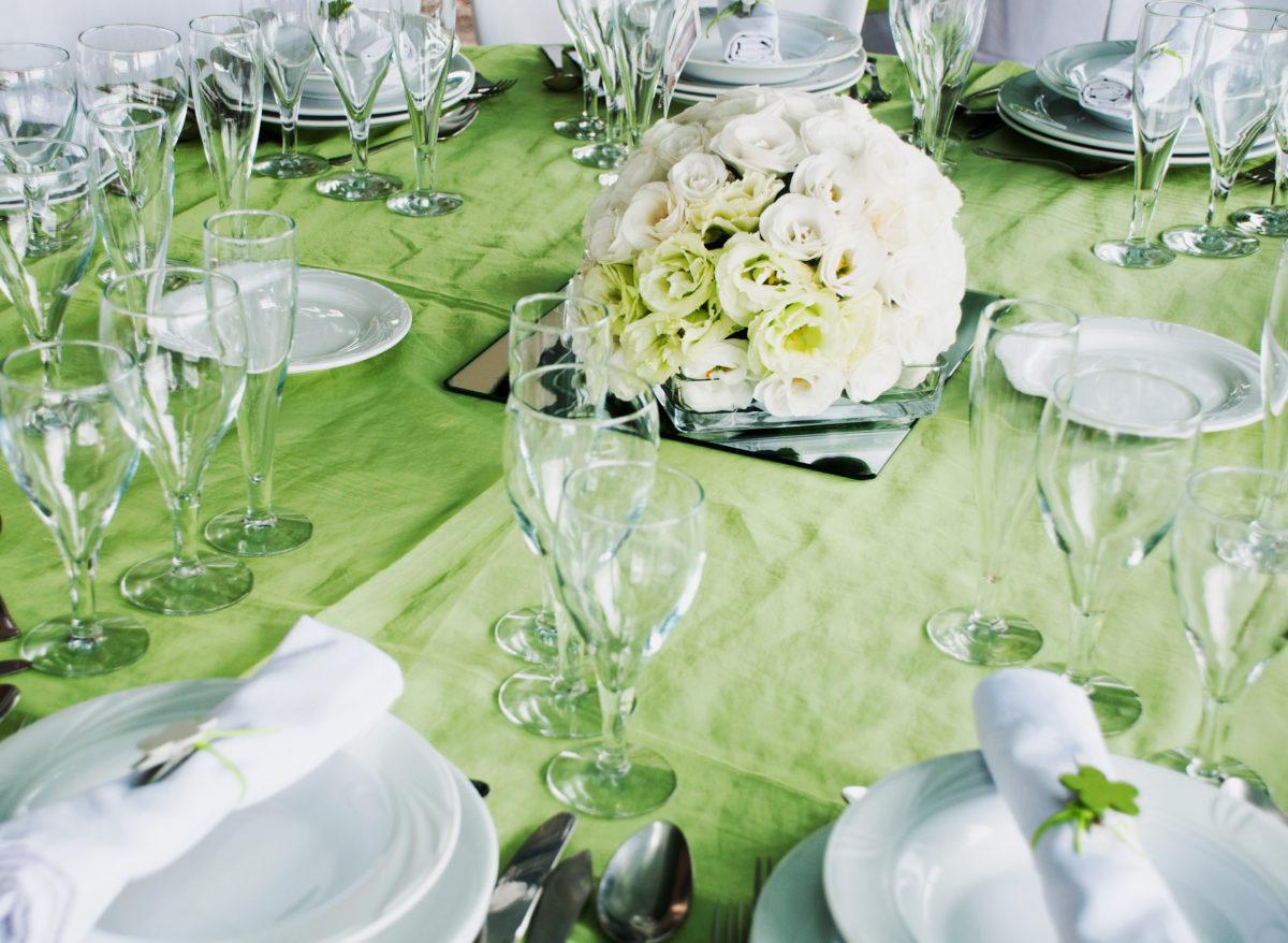 Kako da uštedite na organizaciji venčanja: Uradi – sam cvetni aranžmani