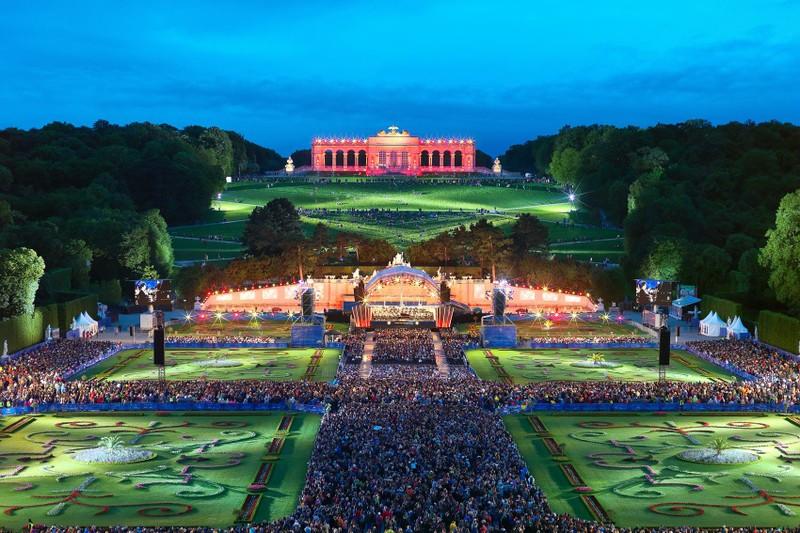 Koncert letnje noći Bečkih filharmoničara