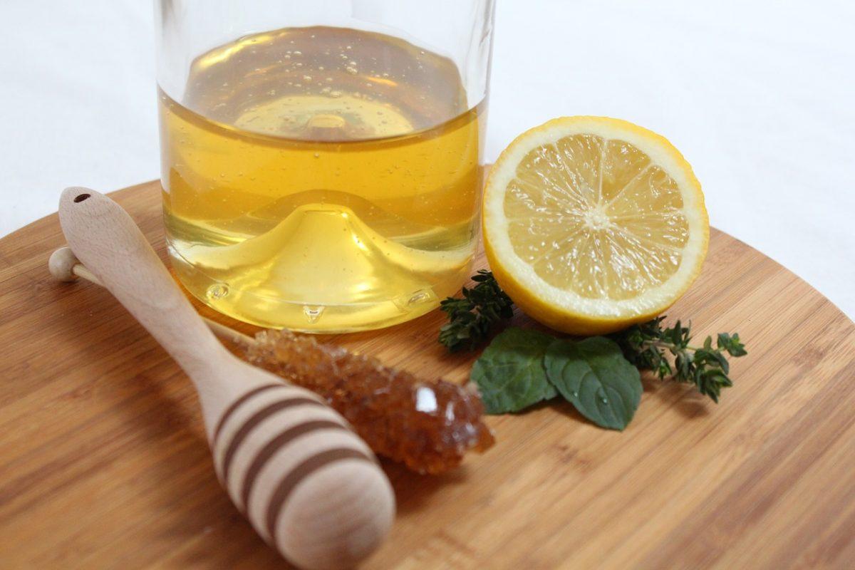 Kombinacija limuna i meda daje energiju i jača imunitet