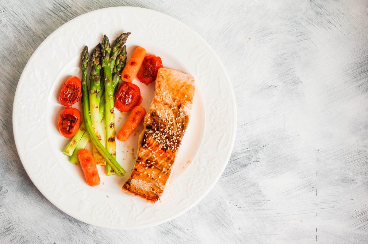 Ne izbegavajte masnoće: Pet namirnica koje treba da jedete ako želite da smršate
