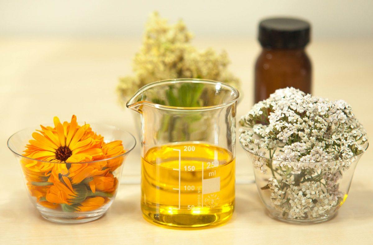 Topla i mirišljava ulja su spas za vašu kožu