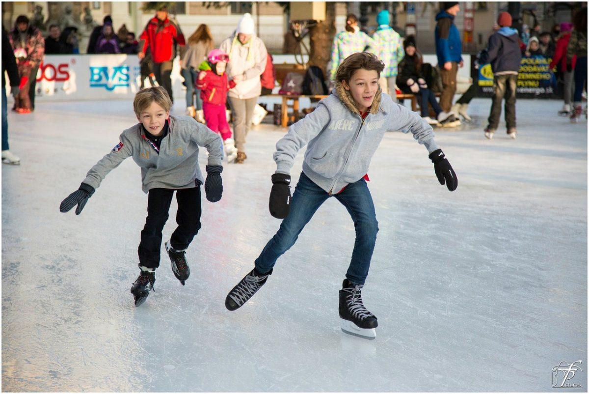 """Skijanje i klizanje nije samo zdravo, već i ispravlja """"X"""" noge"""