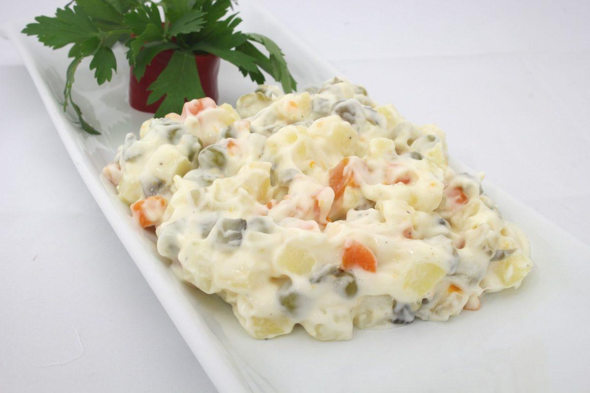 Savršena ruska salata, neizostavni deo praznične trpeze