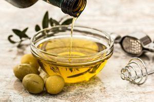 olive-oil-968657_1920-1024x683