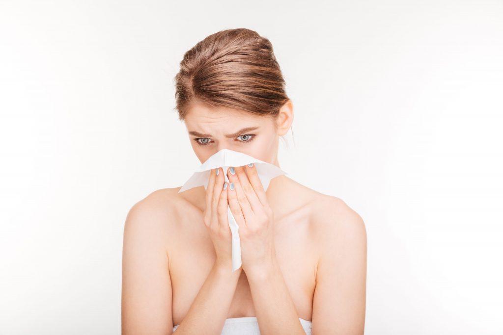 Alergija na ambroziju ili korona virus, pitanje je sad