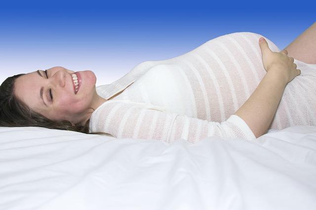 Homeopatija u trudnoći: Prebrodite tegobe uz prirodne preparate