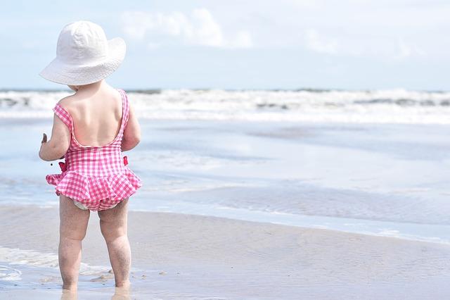 Beba na moru: Stomačne tegobe kod dece, sprečite ih