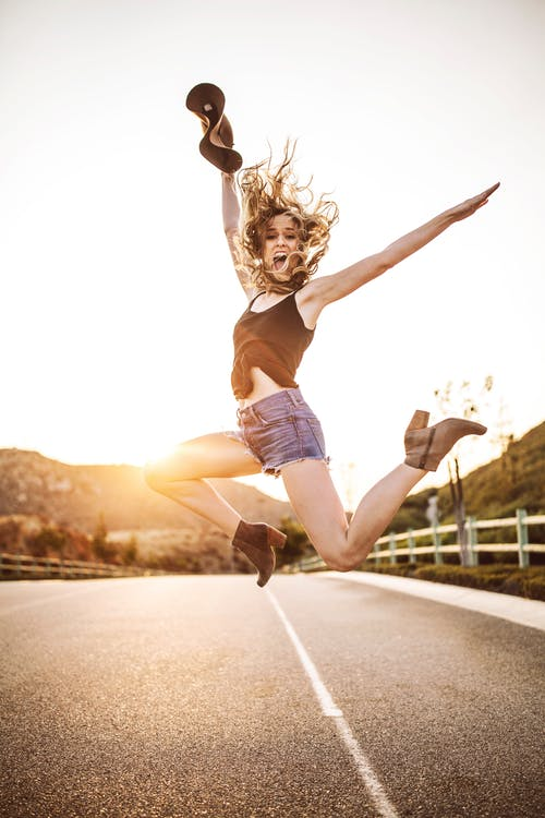 SMEJTE SE: Smeh nas podmlađuje, produžava život i jača imunitet