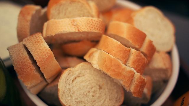 9 načina da krišku hleba pretvorite u večeru
