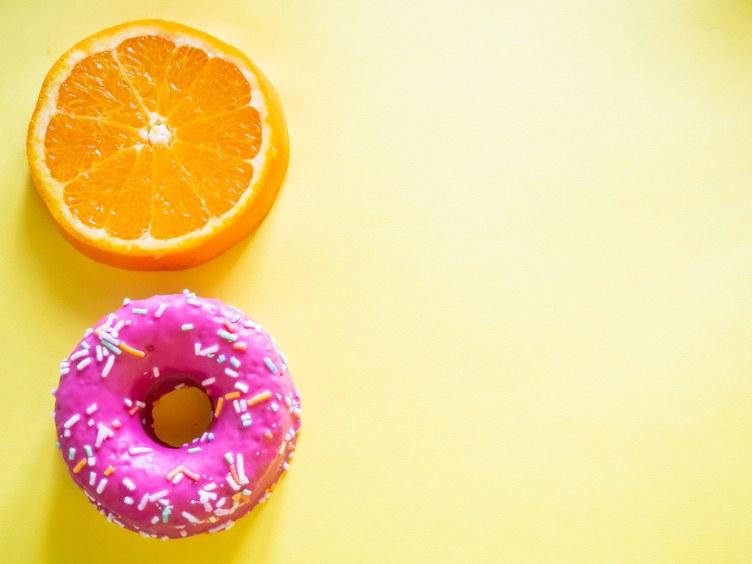 Da li telo razlikuje prirodne i dodate šećere?