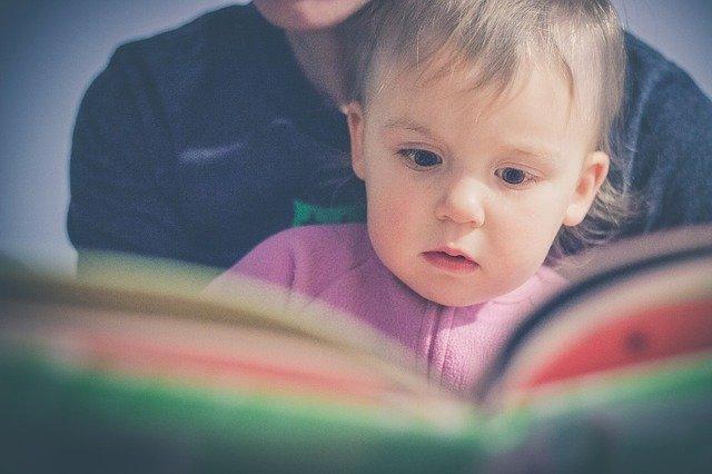 Roditelji, čitajte deci bajke: Tako im razvijate memoriju!