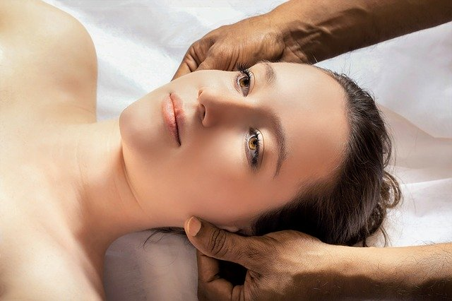 Pinda Sweda – drevna lekovita masaža protiv bolova