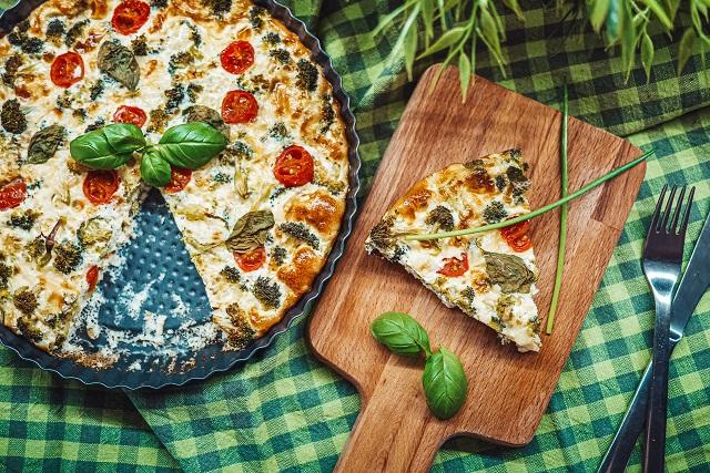 Tart sa brokolijem, prste da poližete
