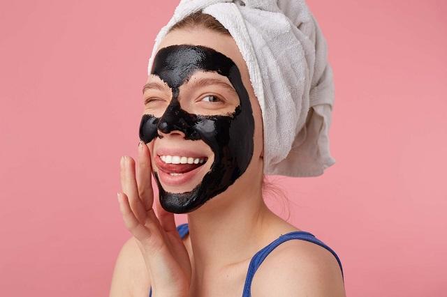 Kako da napravite crnu masku za mitisere