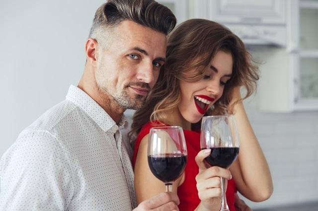 Strast ili ljubav? Ljubomora ili opsesija? Šta sve čini vezu