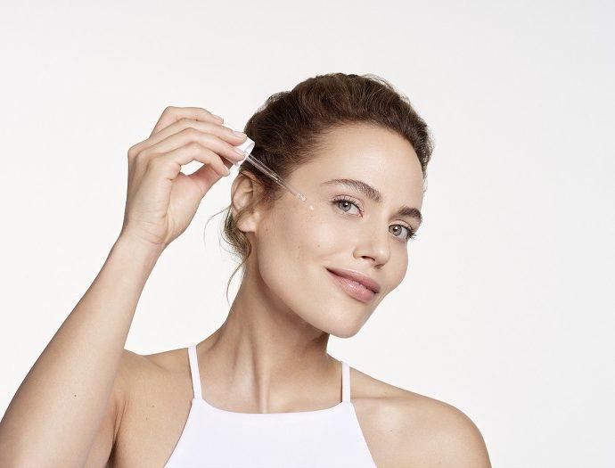Novi serum sužava pore i ublažava bore