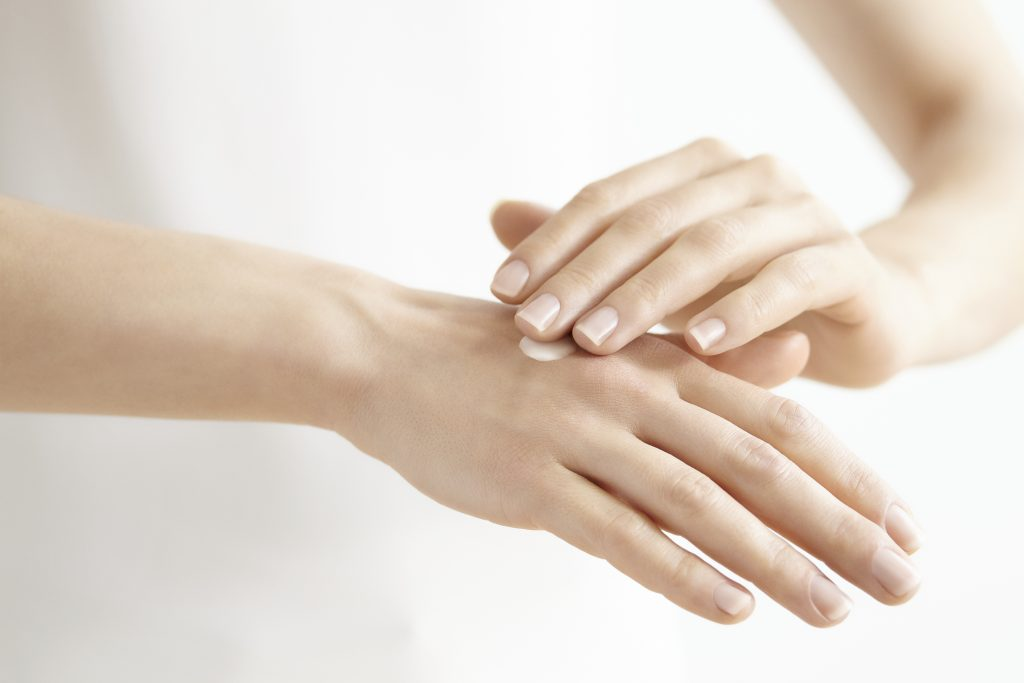 Ne samo negovane, nego i podmlađene ruke