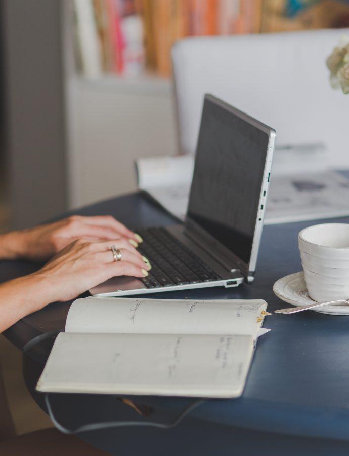 Zlatni saveti za uređenje ženske kućne kancelarije