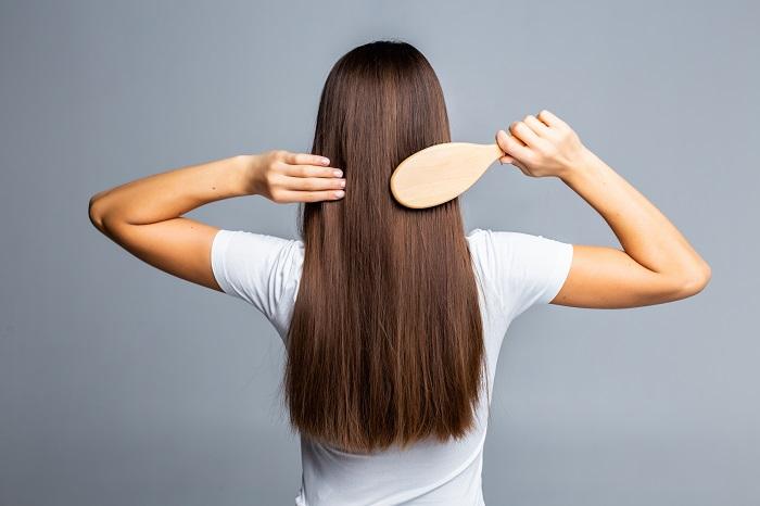 10 trikova za dugu, dugu kosu