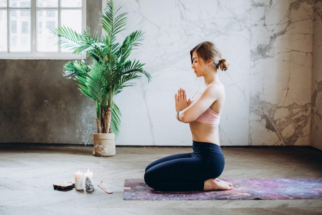 5 načina kako meditacija podstiče mršavljenje